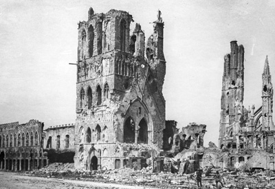The ruins of the medieval Cloth Hall in Ypres, 1917.