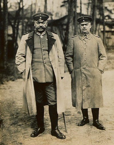 German commanders Hindenburg (L) and Ludendorff