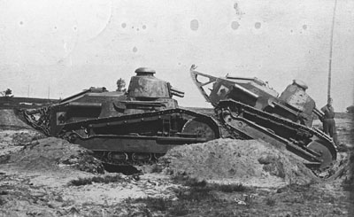 The Renault Ft Development And Combat Debut Tank 100